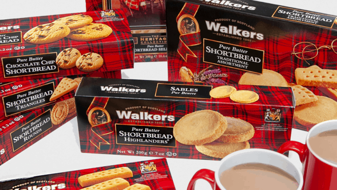 Europa celebrates 14 year partnership with Walkers Shortbread